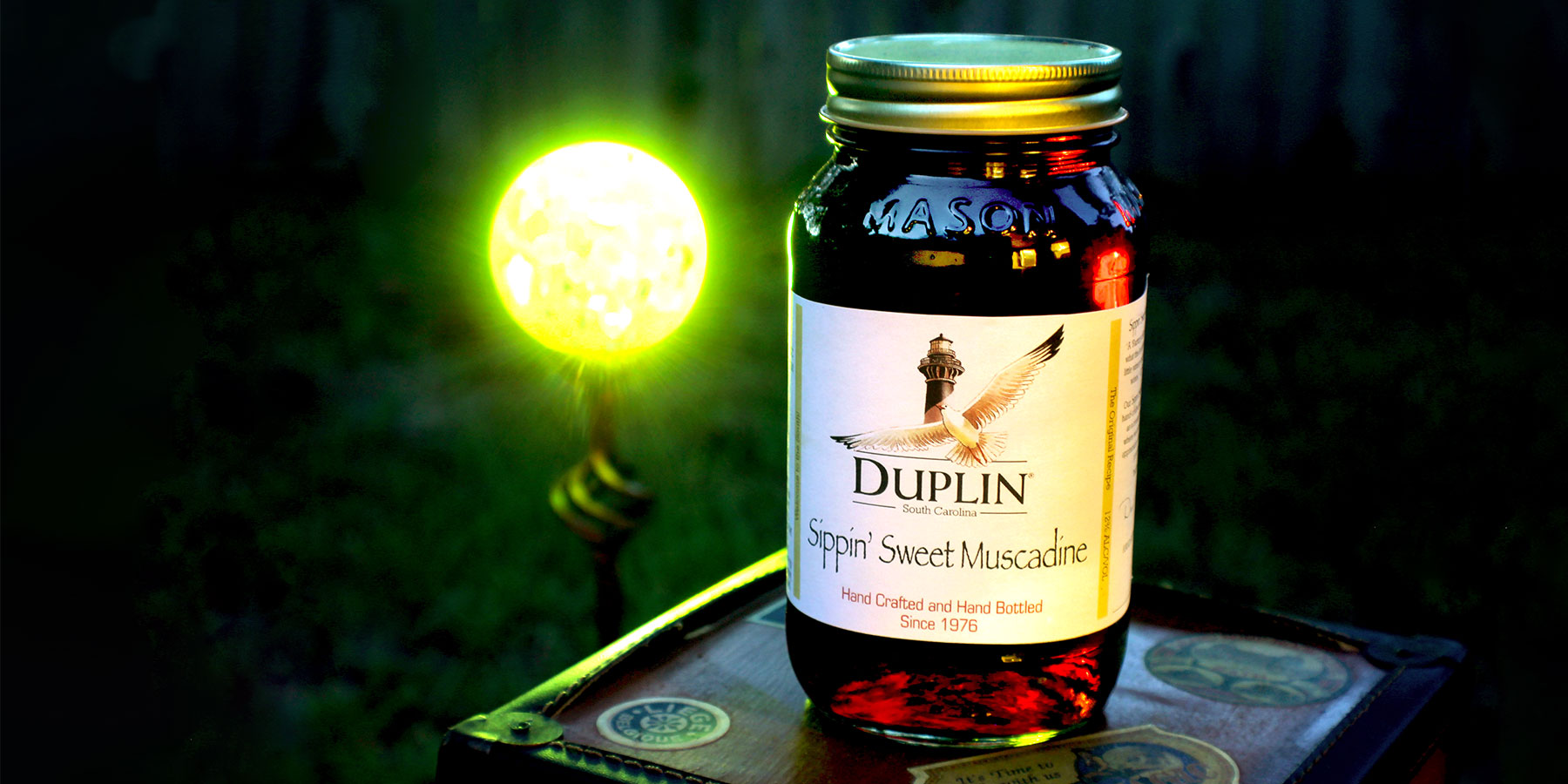 Mason Jars & Wine | Sippin' Sweet Muscadine